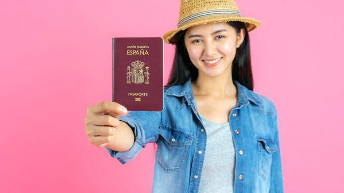 Todo lo que hay que saber para pedir el permiso de residencia en España