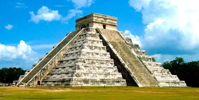 pirámides de Chichén Itzá en Yucatán