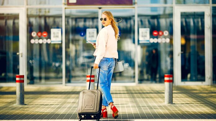 5 productos que harán tus viajes en avión mucho más placenteros