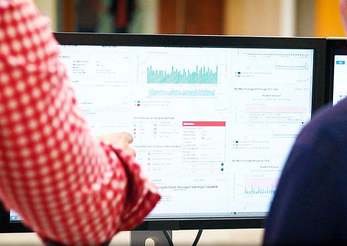 ¿Cómo monitorear y administrar redes en crecimiento?