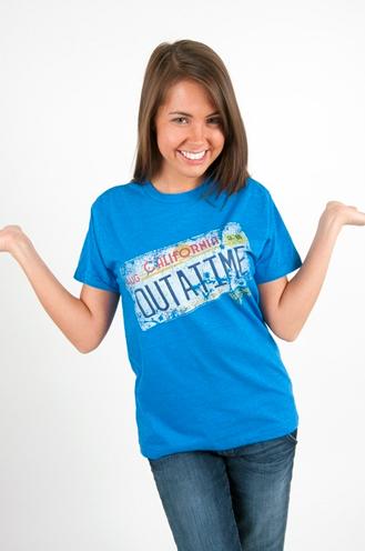 Camiseta con la matrícula del DeLorea