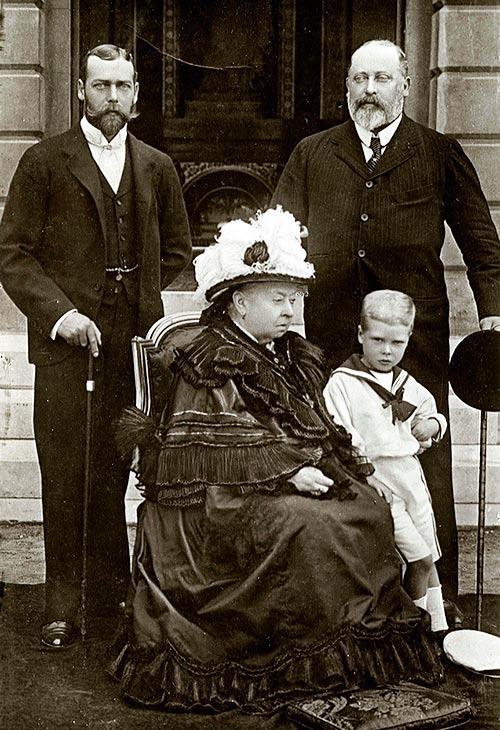 la reina Victoria I, el rey Eduardo VII, el rey Gorge V y Eduardo, duque de Cornwall