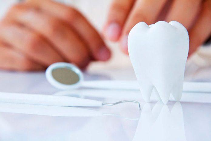 El comercio online se afianza en el sector dental.