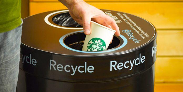 Starbucks desarrollará una taza reciclable y biodegradable.
