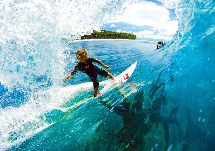 Los beneficios del surf en los menores de edad