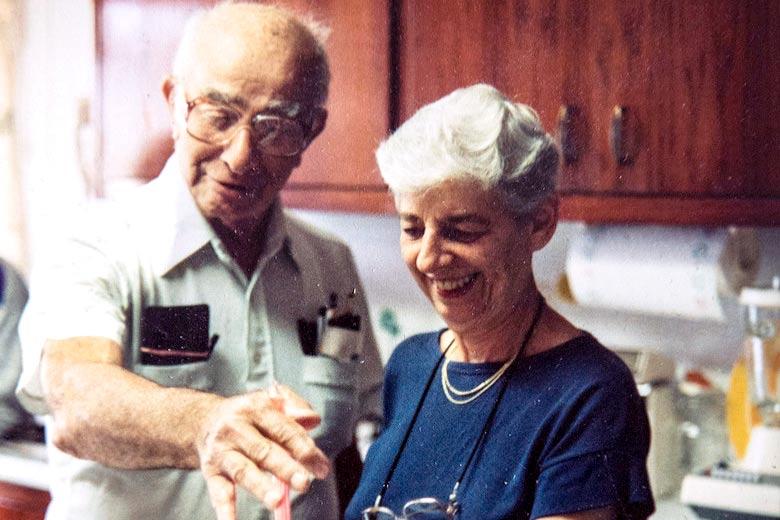 La secretaria Sylvia Bloom y su marido Raymond Margolies