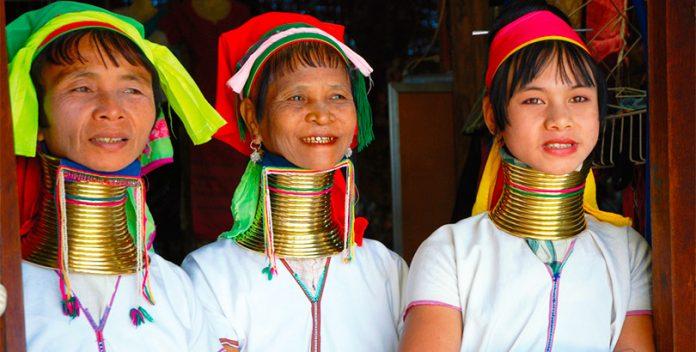 Tailandia, mujeres jirafa.