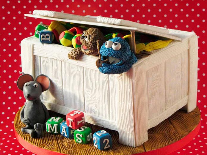 Tarta de caja de juguetes