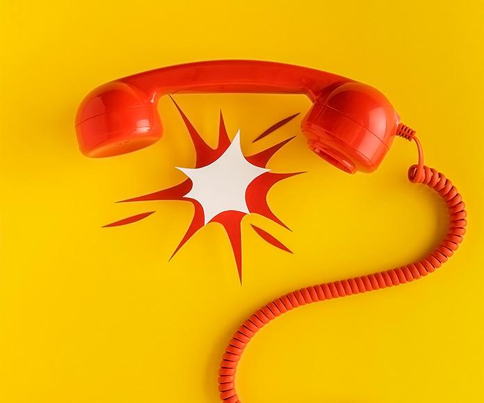 teléfono rojo retro