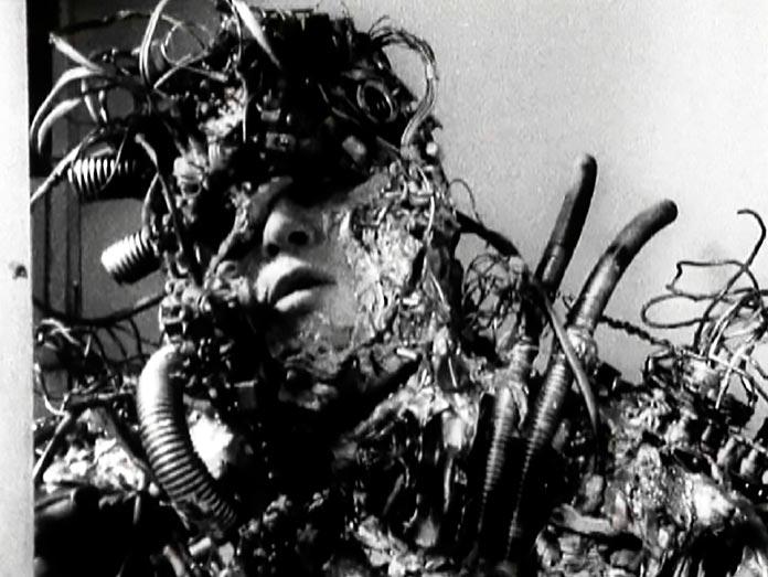 Tetsuo, el hombre de hierro
