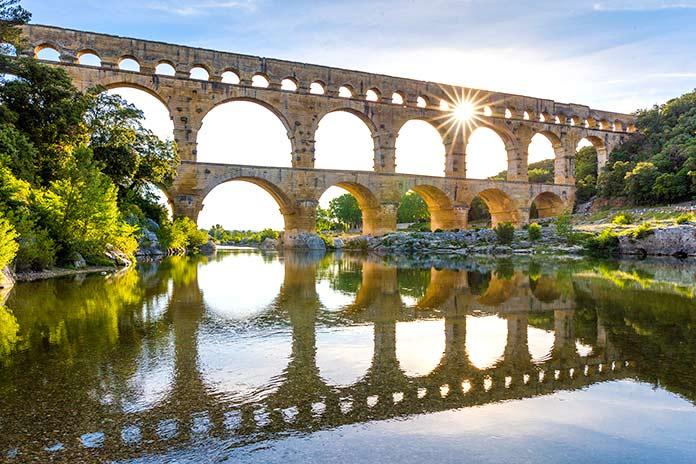 Tipos de puentes: Acueducto puente del Gard.