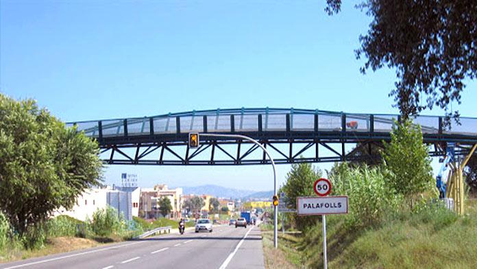 Tipos de puentes: Pasarela peatonal de Palafolls