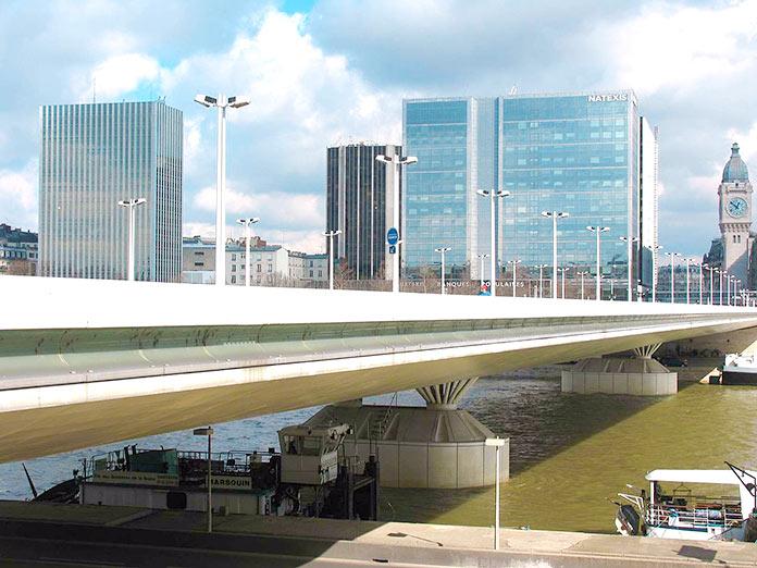 Tipos de puentes: puentes de viga - Puente Charles de Gaulle