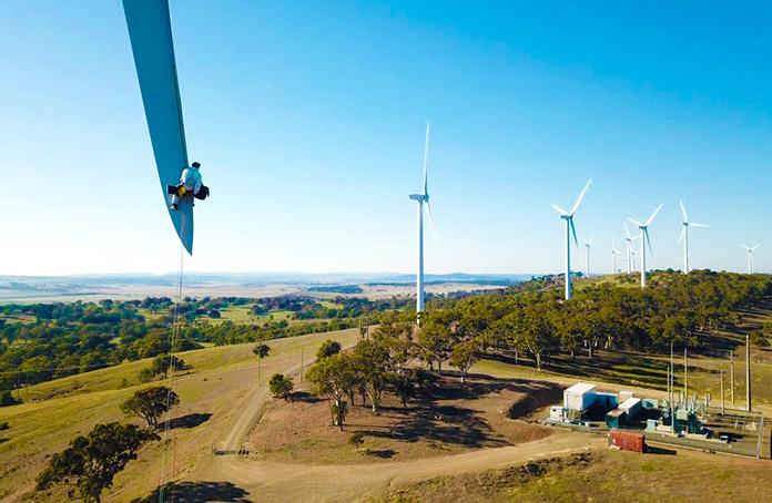 Trabajos verticales en un parque eólico
