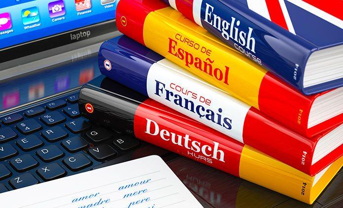 Diccionarios de idiomas sobre ordenador portátil