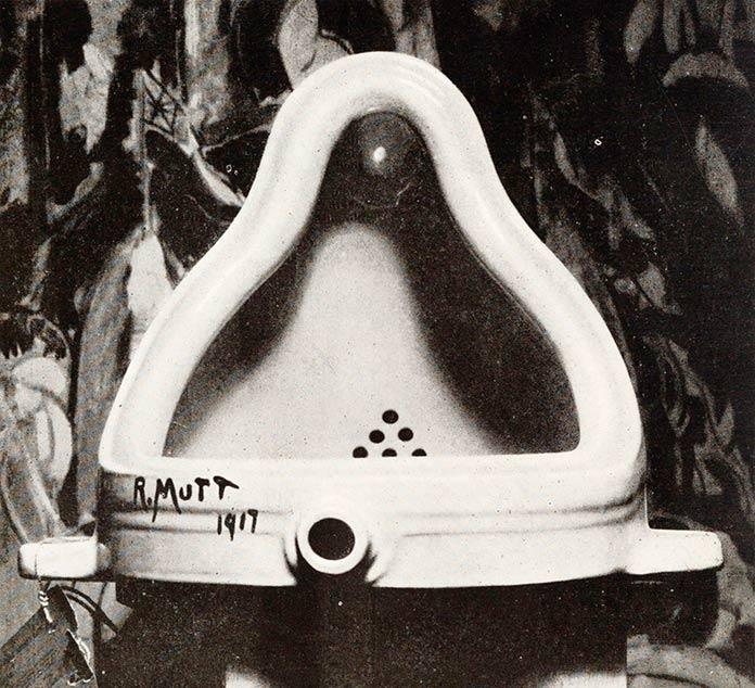 Urinario sobre peana